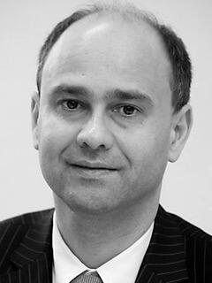 Prof. Dr. Raimond Maurer